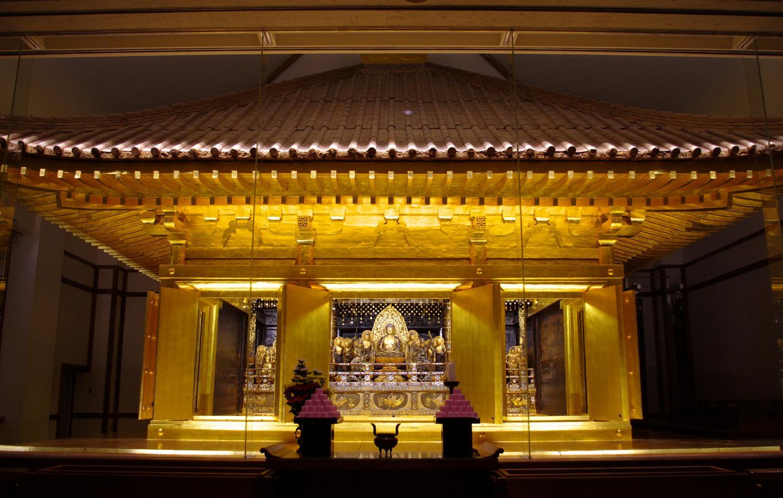 中尊寺 金色 堂