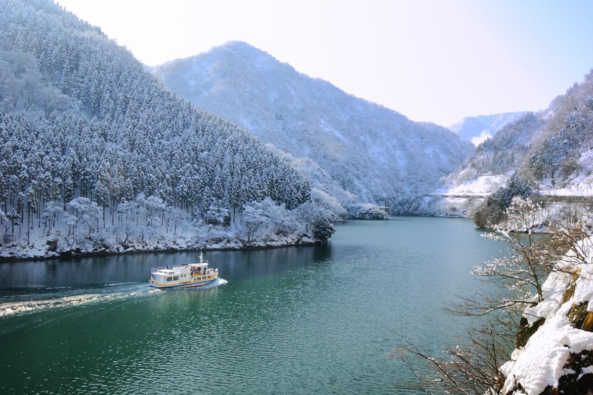 【北陸戲雪】雪猴泡湯奇景.兼六園.合掌村.馬籠宿.雪見遊船.牧歌之里.双溫泉 5 天